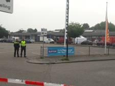 Krantenbezorger vindt dode man op straat in Geldrop