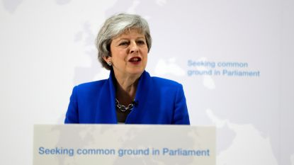 Theresa May opent deur voor referendum over brexitdeal