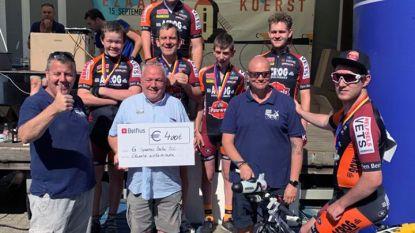 Ezaartse wielervrienden schenken 400 euro aan G-renners van Acrog Balen BC