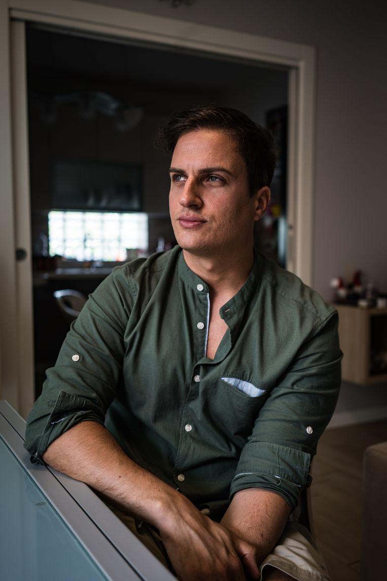 Diego Federici verloor binnen vier dagen zijn ouders aan het coronavirus. Beeld Nicola Zolin