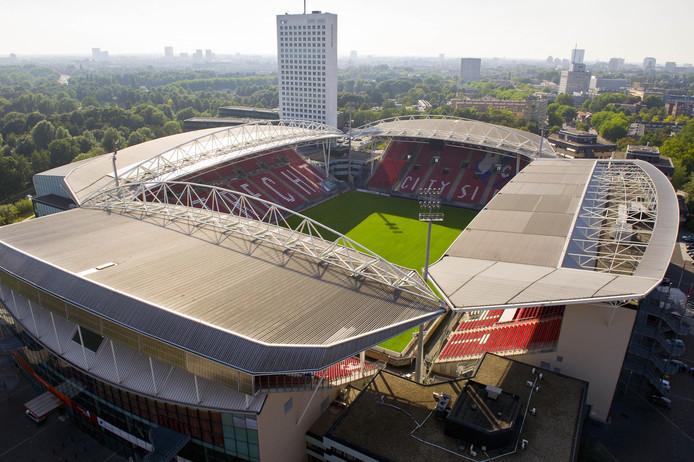 Stadion Galgenwaard op archiefbeeld; hier nog zonder zonnepanelen.
