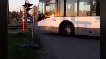 Lijnbussen rijden zich vast op omleidingsroute in Melsele