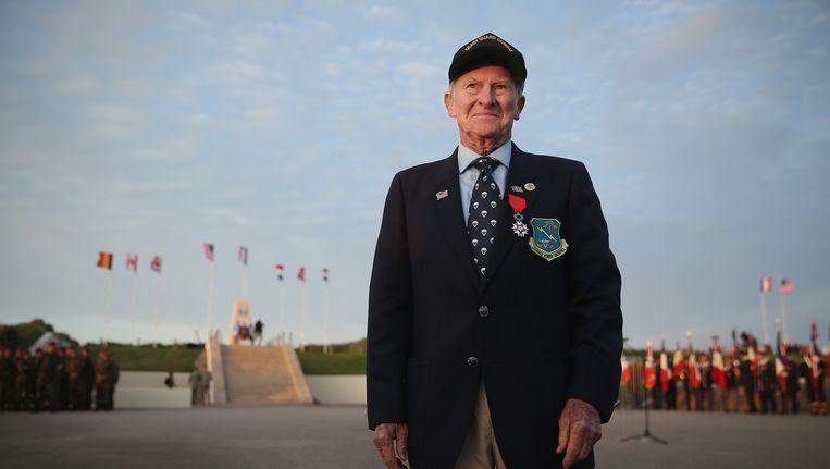 Veteraan Jack Hamlin (93) die de Amerikaanse kustwacht (Rescue Flotilla Number One) diende tijdens de invasie in Normandië. Beeld getty