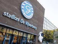 Opvallend 'bedankje': Ajax-hooligans bekladden De Vijverberg met graffiti