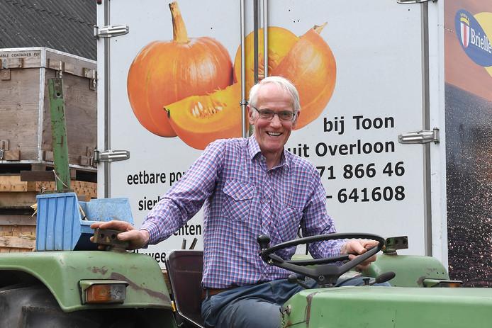 Politiek? Toon Hendriks uit Overloon blijft nu op de achtergrond.