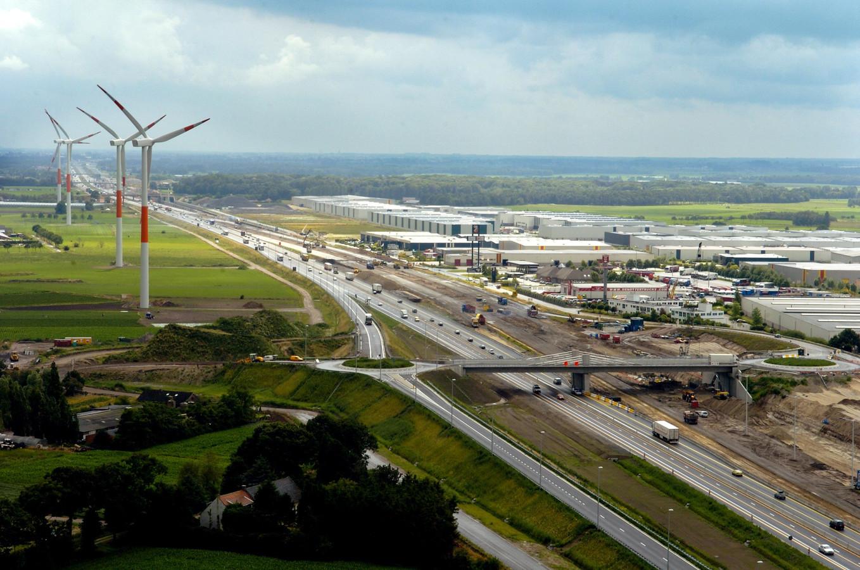 De windmolens net over de Belgische grens bij Hazeldonk