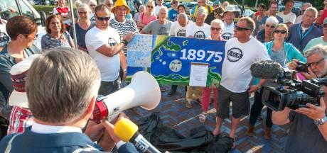 Tegenstanders Brouwerseiland herinneren gemeenteraad aan eigen 'politiek signaal' tegen het plan; Ontwikkelaars dreigen met miljoenenclaim