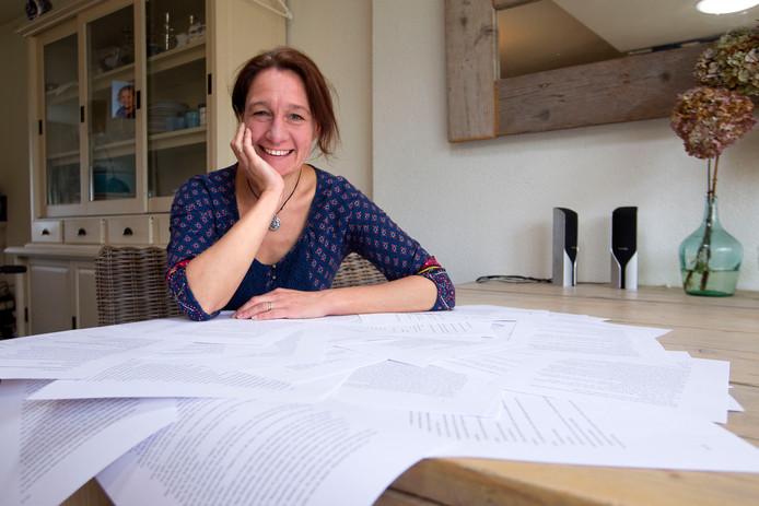 Schrijfster Sandra Bernart uit Maarheeze.