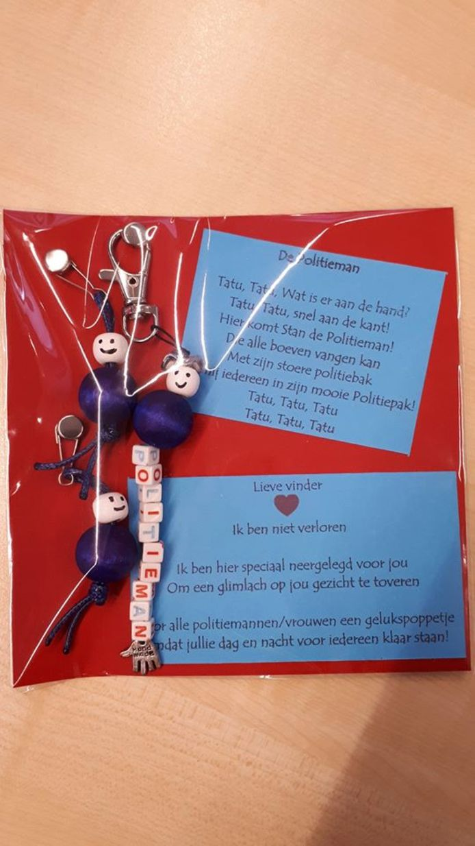Een lief cadeautje voor de politie Rijssen-Holten.