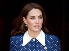 Pourquoi les cheveux blancs de Kate Middleton font tant parler