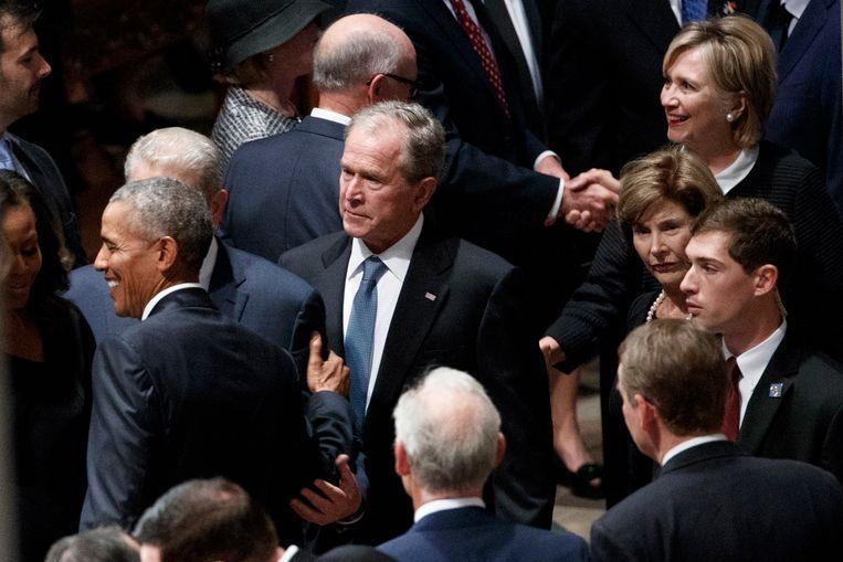 Ex-presidenten George W. Bush en Barack Obama.