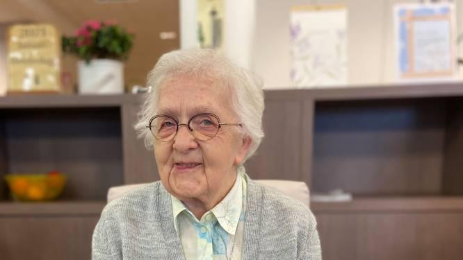"""Eerste gevaccineerde inwoners van Malle hoopvol: """"Meer contact met andere bewoners en familie"""""""