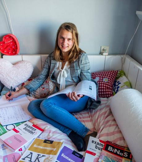 Doorzetter Jadzia (18) knokt zich van vmbo-t naar vwo-diploma