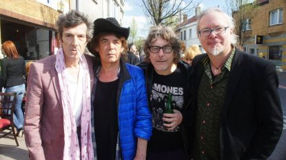 """Arno, Dubbe, Serge Feys en Frank Vermang treuren om Willy Willy: """"De Keith Richards van Oostende, zelfs van België"""""""