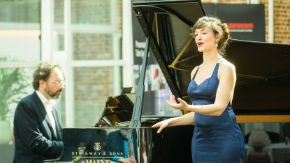"""Sarah Defrise en Stephane Ginsburgh laten het niet bij één keer: """"We gaan door met de balkonconcerten, maar zullen afwisselen"""""""