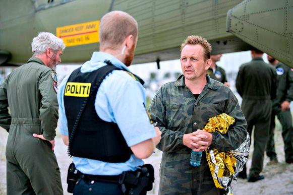 Peter Madsen wordt ondervraagd door de politie.