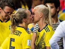 Deense sterspeelster Harder is op WK supporter van Zweedse vriendin