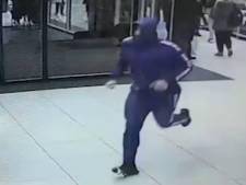 Jongen hard tegen hoofd geslagen bij beroving van koptelefoon
