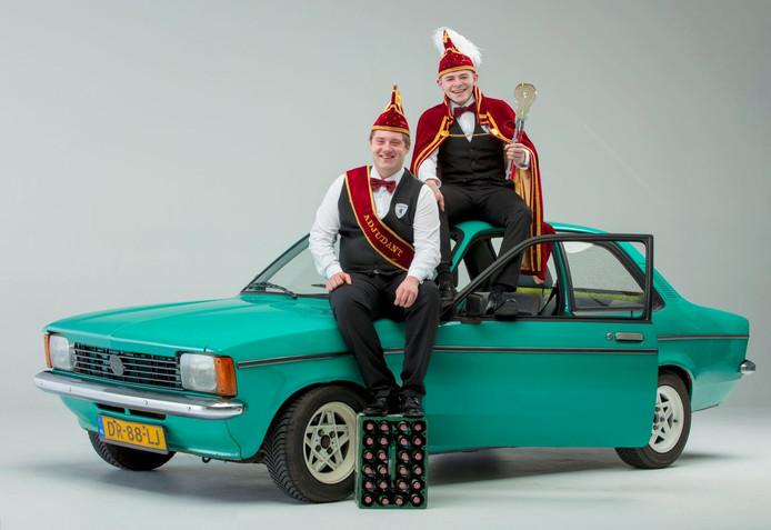 Jonkheer Kevin Veehof samen met zijn Adjudant Lars Dood.