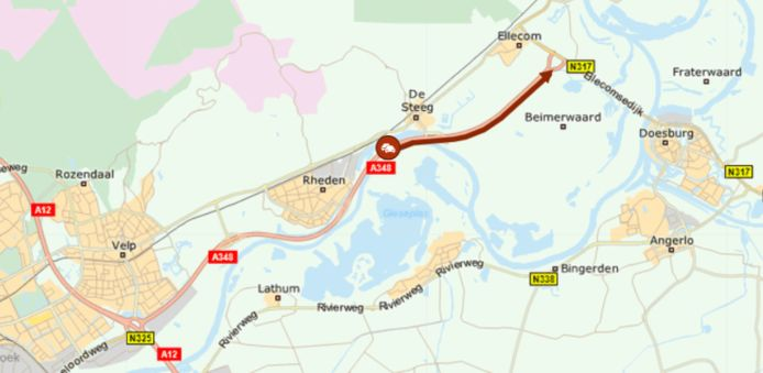 Door wegwerkzaamheden aan de IJsselbrug bij Doesburg is 100 minuten vertraging ontstaan.