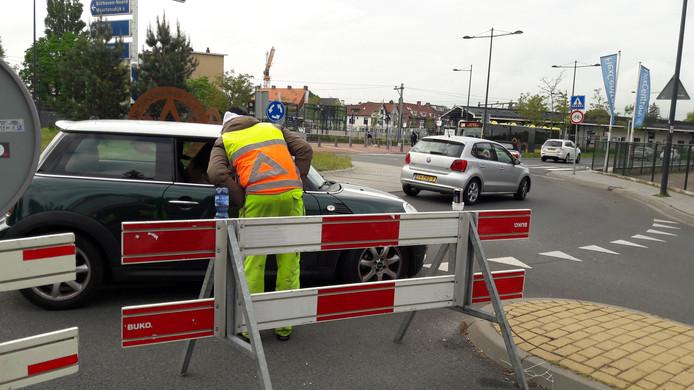 Auto's konden vanaf het station de Jan Steenlaan niet meer in.