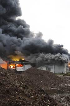 Geen vermoeden van brandstichting bij grote brand caravanstalling Oeffelt