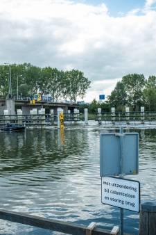 Dronten pleit voor betere doorstroming op Elburgerbrug: 'Die reparaties zijn heel vervelend'