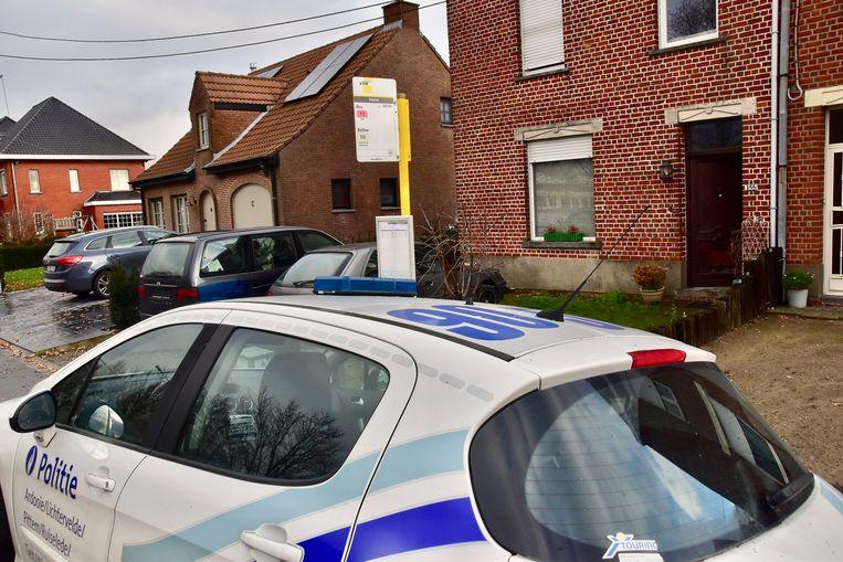 De crisissituatie speelde zich af in de linkse rijwoning op de Brugsesteenweg in Pittem.