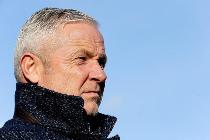 Trainer Jack de Gier van Go Ahead Eagles