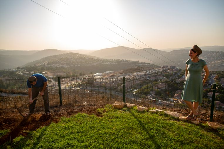 Israël bouwt de Westoever onverstoorbaar vol