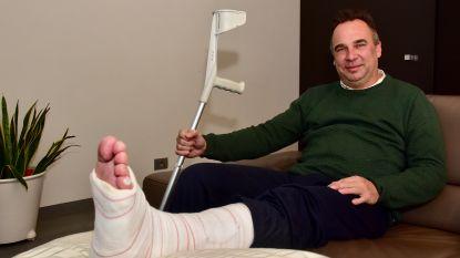 Kersvers voorzitter hulpverleningszone Fluvia glijdt uit op ijsplek: morgen operatie  na gecompliceerde enkelbreuk
