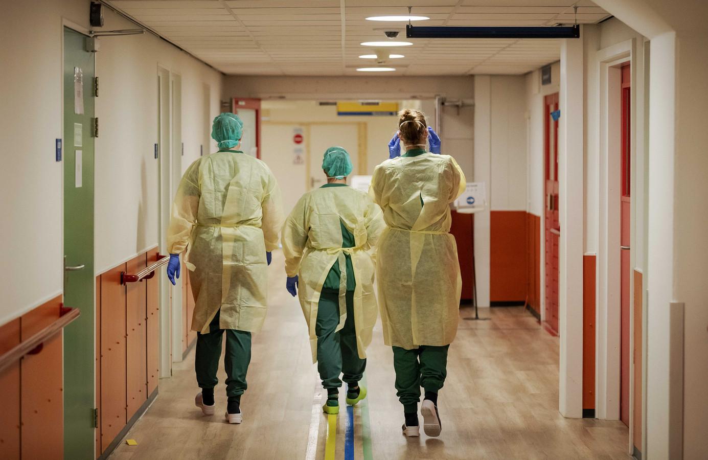 Het aantal patiënten op ic's is verder gedaald.