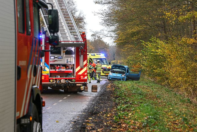 Een eenzijdig ongeval met dodelijke afloop zondagmiddag in Rutten.