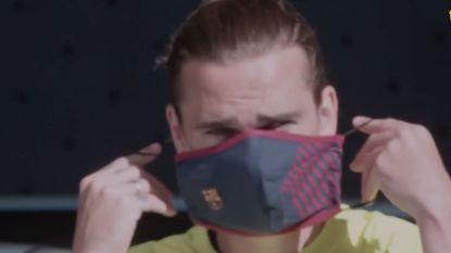 Barça-sterren komen op training aan met exclusieve mondmaskers van Barcelona, Messi steelt de show op training