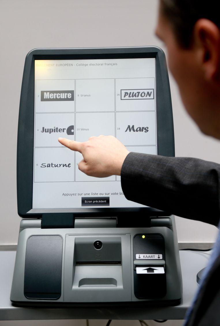 Een testscherm van onze stemcomputers op 25 mei.