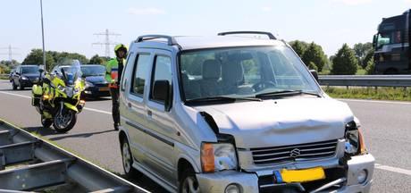 Flinke schade bij aanrijding op A73 bij Beers