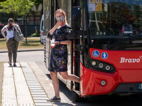 Mondkapjes in het openbaar vervoer: 'Waarom zou je het niet doen?'