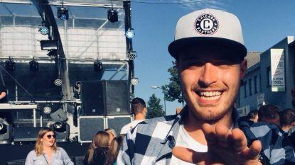 Fan (22) knalt op weg naar PSV-Barça met auto tegen boom en komt om: aanhang roept op om hem passend afscheid te geven