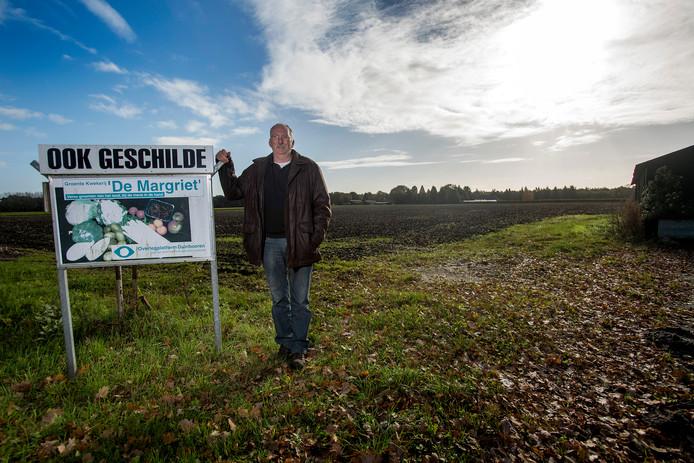 Aspergekweker Laurens Klerks  zou maar wat graag willen dat het Haarense deel van de Loonse en Drunense Duinen meteen ingelijfd wordt bij de gemeente Heusden. Net als andere ondernemers hoopt hij dat Heusden de Margrietweg zo snel mogelijk fietsvriendelijk maakt.