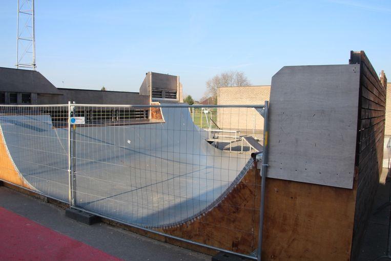 De jongeren zouden zich geregeld in de buurt of op de skateramp aan sporthal De Ommegang bevinden.
