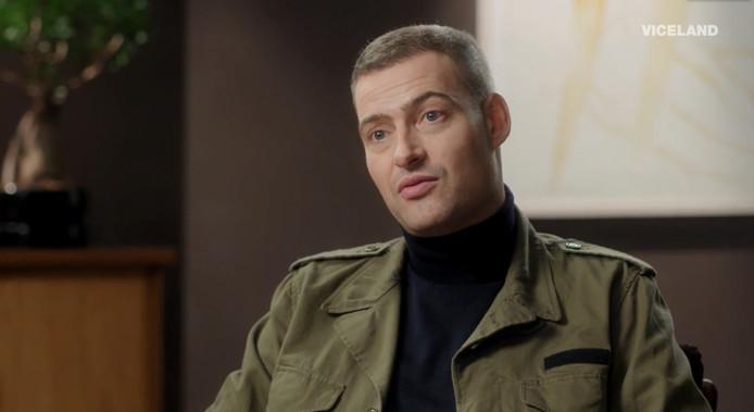 Lange Frans praat met Glenn Helberg in het Vicelandprogramma The Therapist.