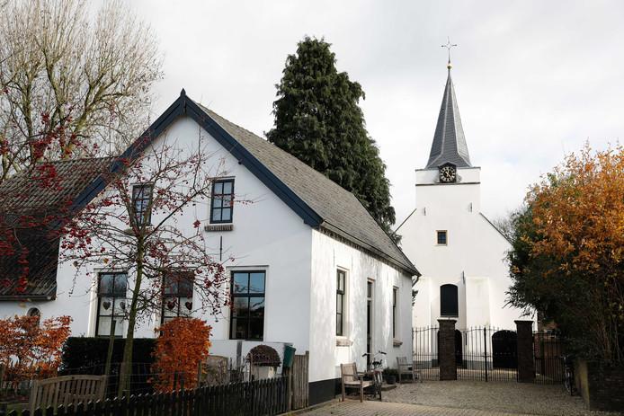 Dominee Ebi Wassenaar werd zwaar mishandeld gevonden in de kerk in Rhenoy