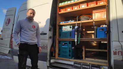 """Dieven breken bestelwagen Zomergemse schrijnwerker open: """"Voor 7.000 euro aan materiaal verdwenen"""""""