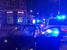 Inbrekers knallen tegen politieauto in Zwolle tijdens achtervolging