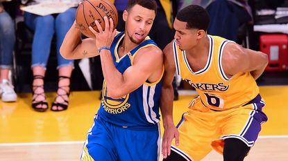 NBA onverbiddelijk: basketters die knielen tijdens volkslied krijgen sanctie