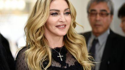 """Madonna wordt bijna 60: """"Shockeren deed ze al op de speelplaats"""""""