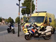 Scooterrijder gewond na aanrijding met uitwijkende auto in Vroomshoop