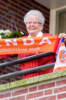 Oma uit Mierlo supertrots op zilveren Linda