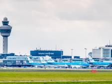 Stikstofstrijder opent aanval op Schiphol: '20 procent vluchten is illegaal'