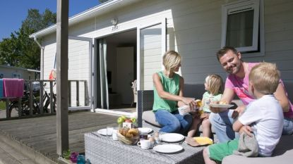 Vakantieparken Roompot staan te koop